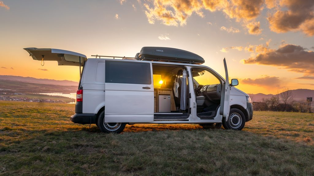 novy karavan 28